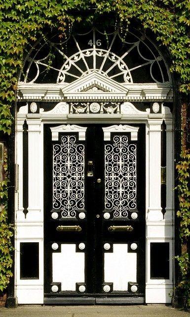 black and white by amparo. fabulous doors.