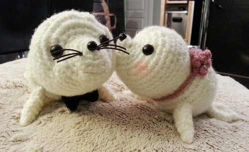 baby seal (with pattern) Crochet Pinterest