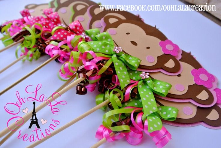 Pink mod monkey table decorations photograph ce