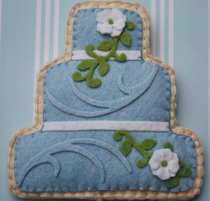 felt wedding cake cookie gift card/ money holder - ViviansKitchen