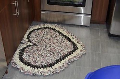 ... : Project Gallery for Crochet Heart Rag Rug pattern by Kelli Bryan