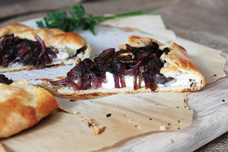 Carmalized Onion, Mushroom and Goat Cheese Tart #elegantmadeeasy