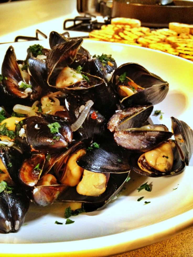 mussels steamed with beer | Food | Pinterest