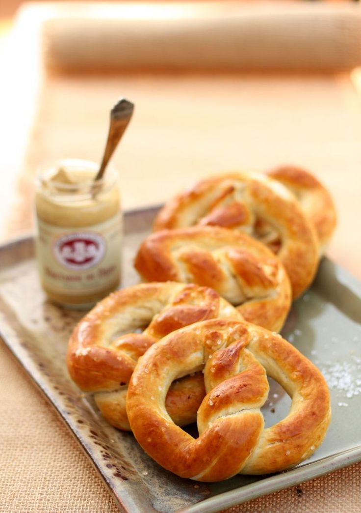 Homemade Pretzel Recipe- seriously- SO good, and SO easy. Twisting them isn't too hard either.