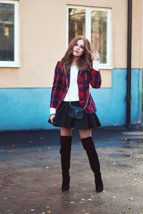 — Skirt – H&M, jacket – Secondhand, knit – Gina...
