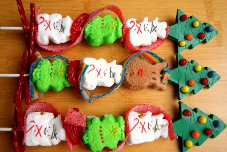 Christmas-themed Peeps kebabs.   Xmas   Pinterest