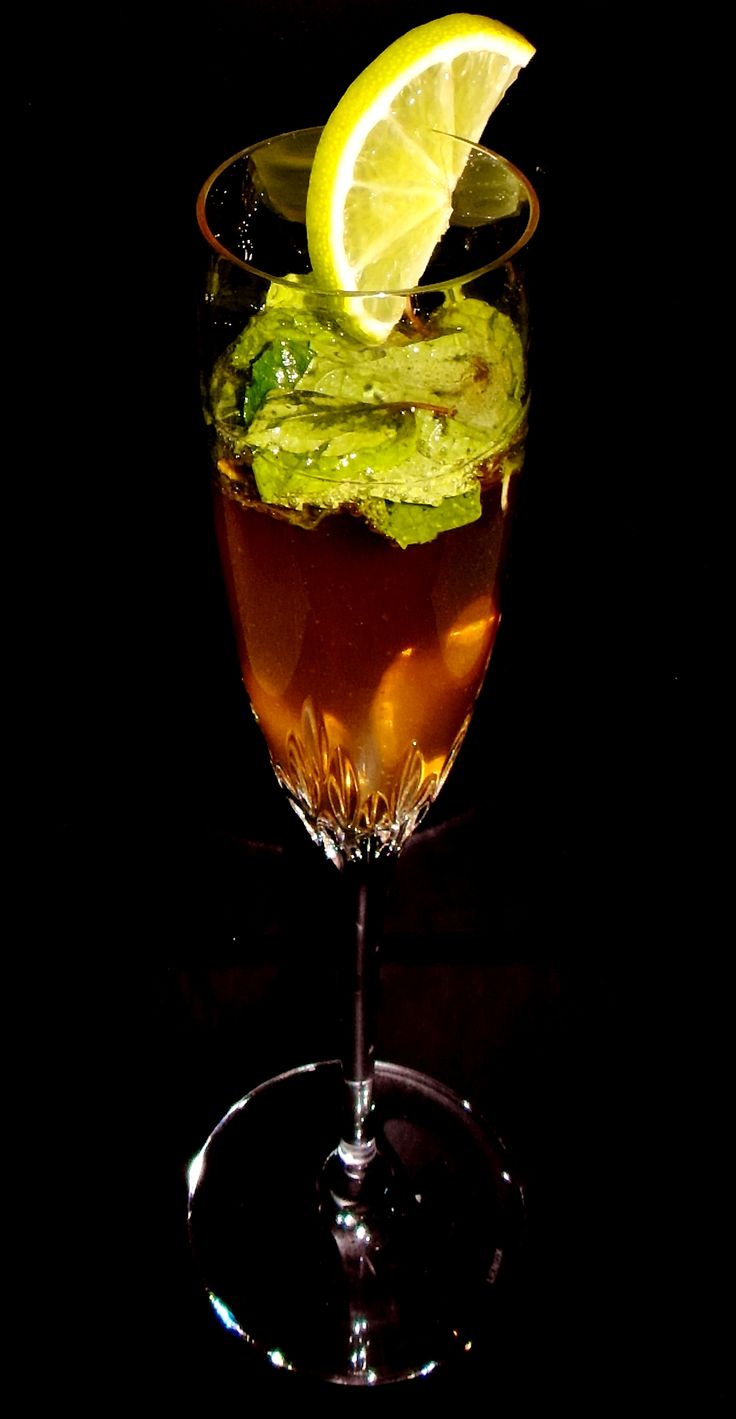 Frizzante Champagne Mojito | Entertaining | Pinterest