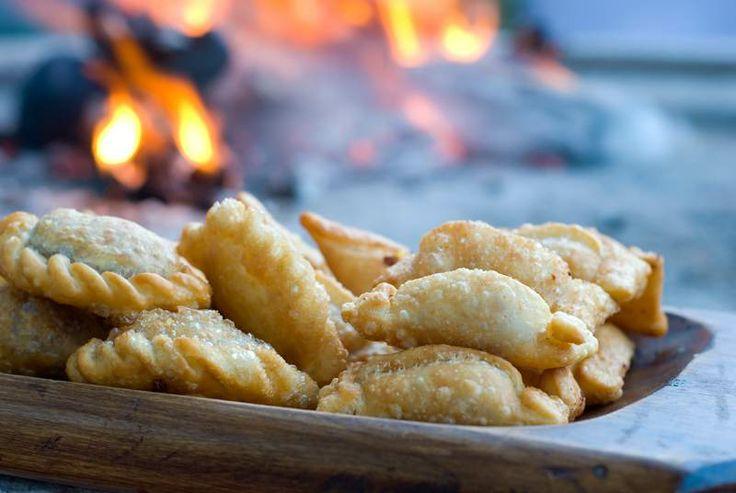 Empanads argentina pinterest for Argentine cuisine food