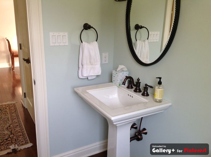 Powder room - Sherwin Williams Sea Salt