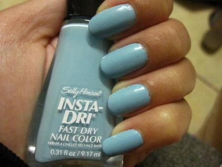 Sally Hansen Insta-Dri   Blue-AwaySally Hansen Insta Dri Blue Away