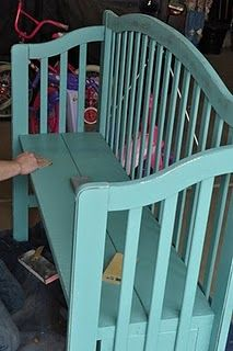 Repurposed baby crib. Other headboards/footboards turned into benches. Adorable! LOVE the color