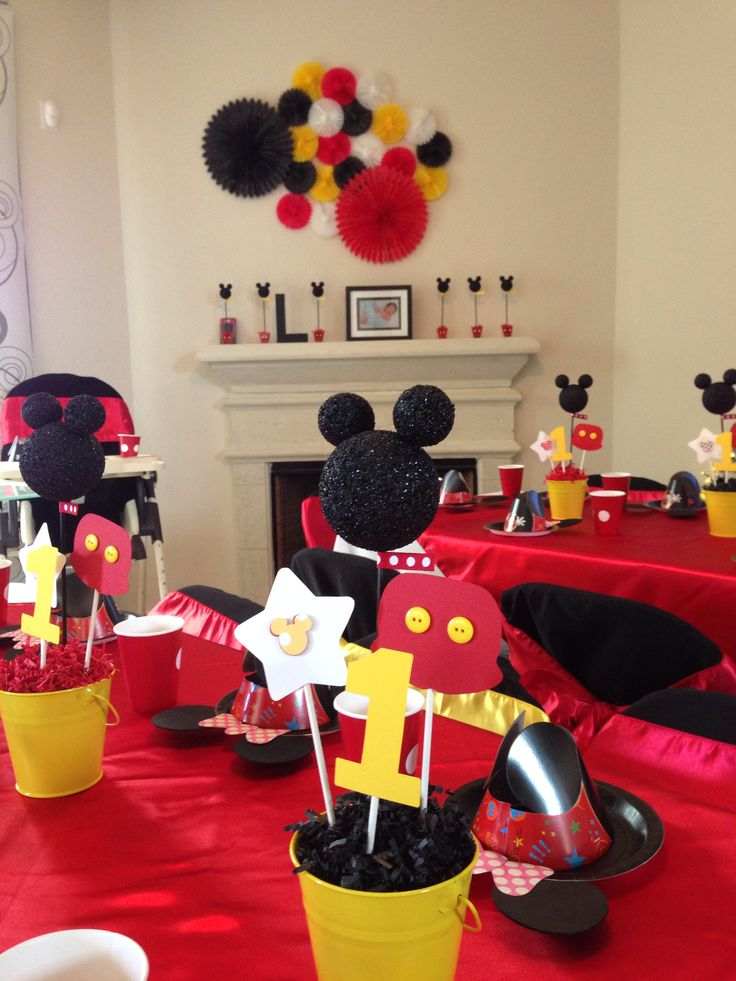 Mickey mouse decorations 28 images 20 best images for Decoration noel mickey