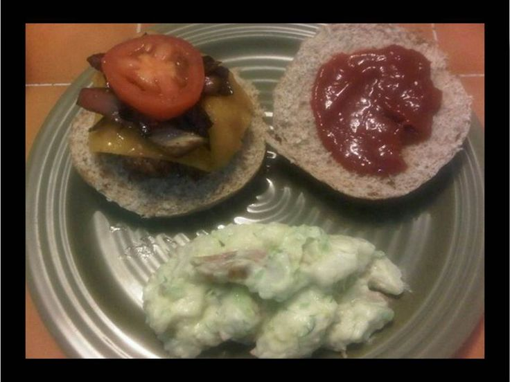 cheddar burgers with chipotle ketchup | Comfort Recipes | Pinterest