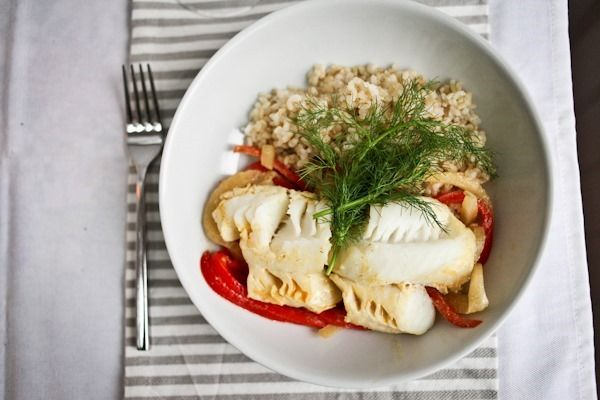 ... Food. Chardonnay and curry poached cod with fennel and red pepper