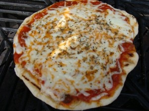 Pizza on the grill | Grillin' | Pinterest