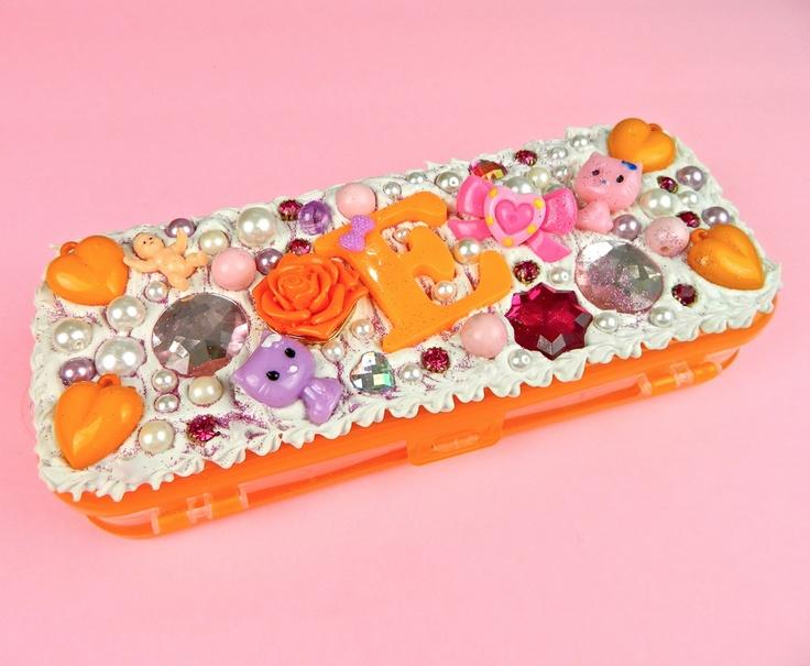 Crochet Minion Pencil Case Petals To Picots | Tattoo Design Bild