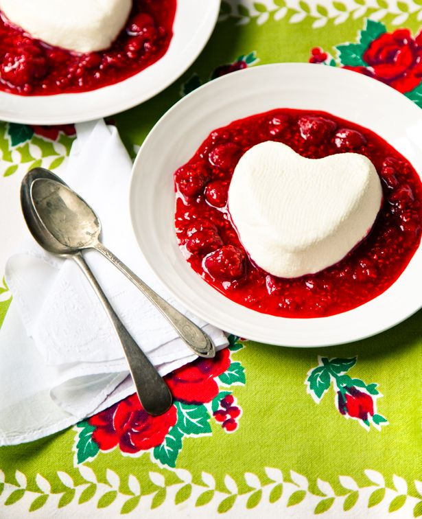 Coeur a la Creme--the ultimate pairing of white and red, and a ...