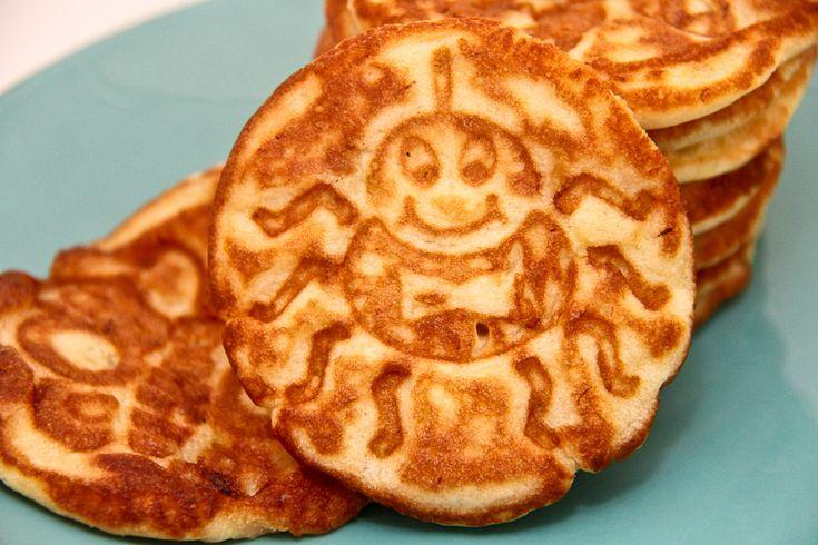 Banana Pancake- sub cake flour for quinoa flour, sub 2 add'l bananas ...