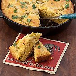 Chili Cheese Corn Bread | Dessert Breads and Scones | Pinterest