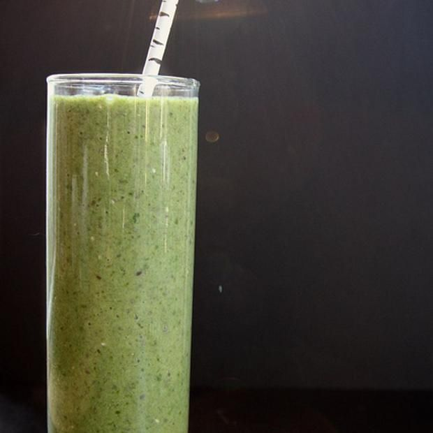 Spinach,kiwi & chia seed Smoothie. | Smoothies. | Pinterest