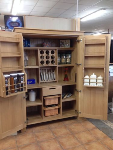 Solid oak kitchen larder unit for Oak kitchen larder units