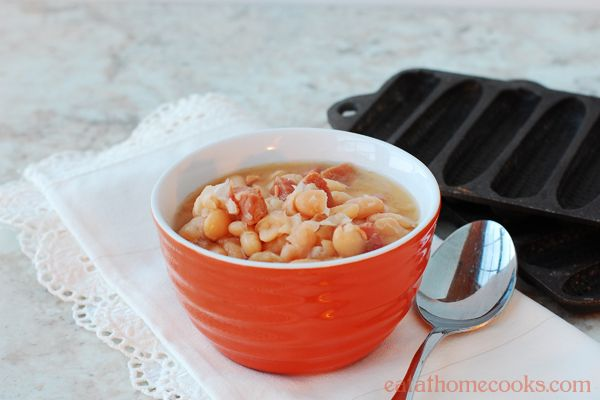 Ham and Bean Soup in the Slow Cooker