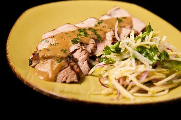 Pork tenderloin with apple slaw | Main dishes/breakfast/Meat | Pinter ...