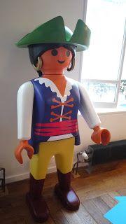 Playmobil g ant femme pirate bo te playmobil g ant pinterest - Playmobil geant decoration ...