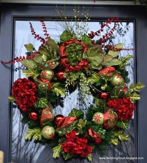 Christmas door decoration wreaths wreaths pinterest for 3 wreath door decoration