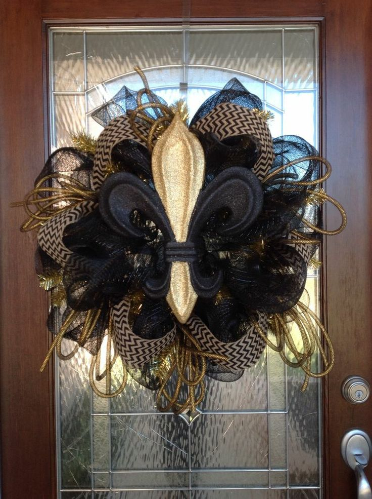 new orleans saints fleur de lis deco mesh door wreath free shipping. Black Bedroom Furniture Sets. Home Design Ideas