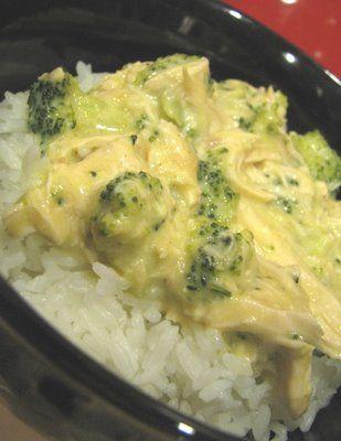 Creamy broccoli and chicken in crockpot