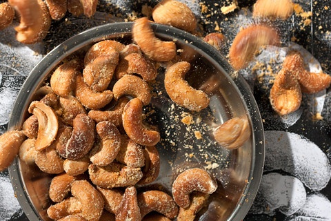 Tangy Ranch Cashews. (app idea for my next dinner party)