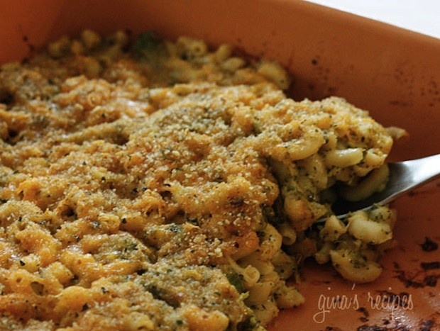 Take Part Cookin from Scratch: Skinny Baked Broccoli Mac and Cheese
