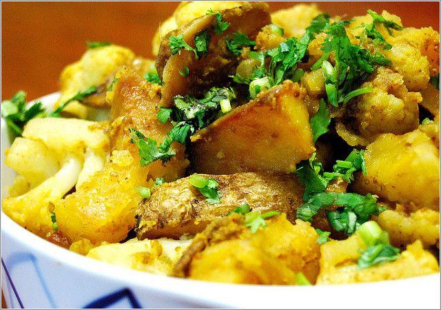 Aloo Gobi, Cauliflower & Potato Curry @ Holy Cow!