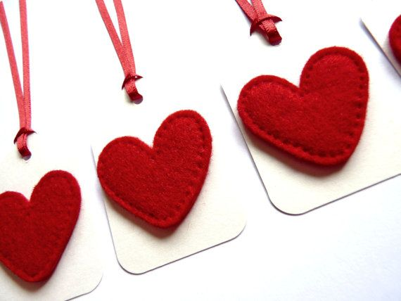 Red Felt Heart Christmas Gift Tags / Name Tags with Red Satin Ribbon ...