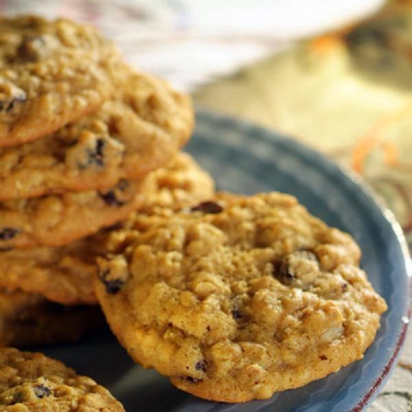 Pumpkin-Oatmeal Raisin Cookies Recipe | Pumpkin time! | Pinterest