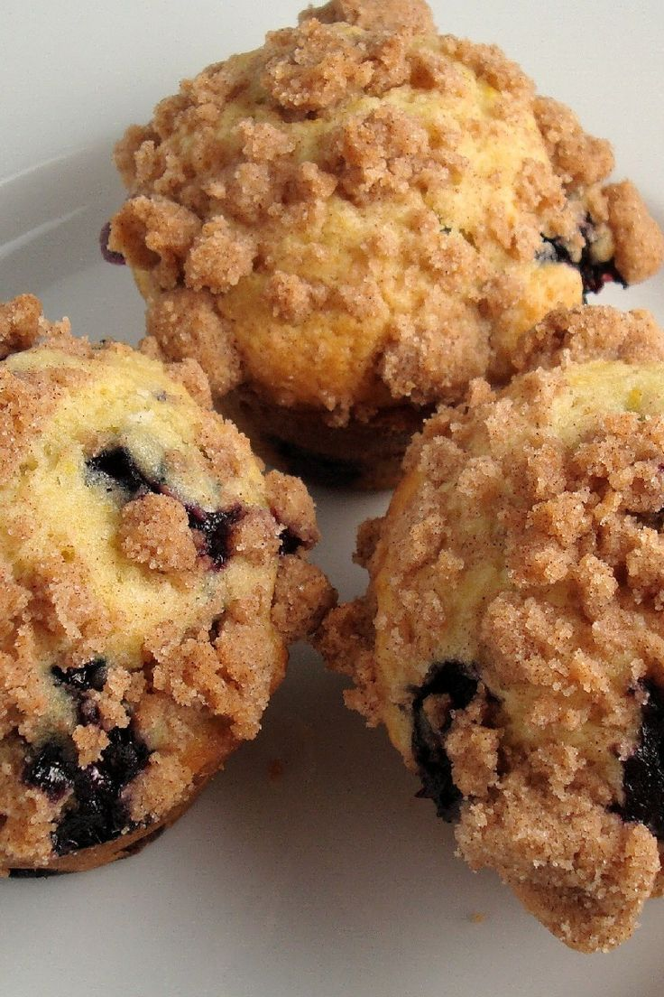 To Die for Blueberry Muffins #muffins #blueberrymuffins http://sulia ...