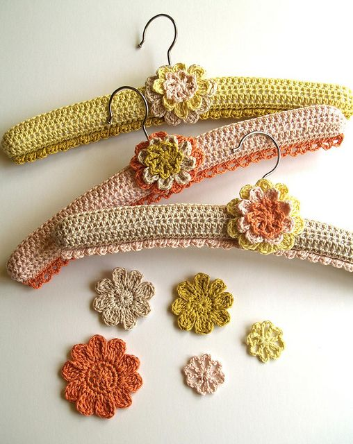 crocheted hangers #crochet