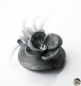 Kvet do vlasov na sponke, šedý 10506 www.vasepenazenky.sk