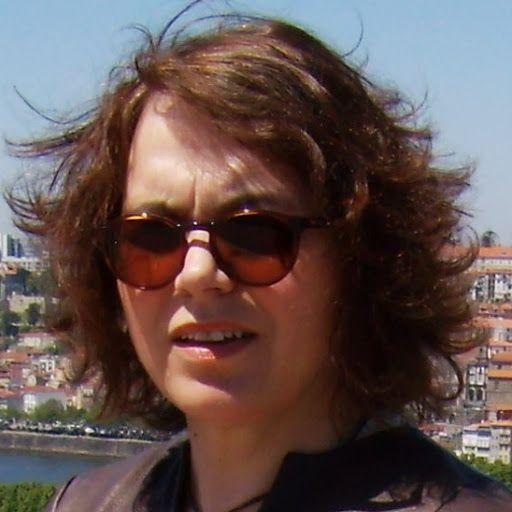 http://moldesedicasmoda.blogspot.com/