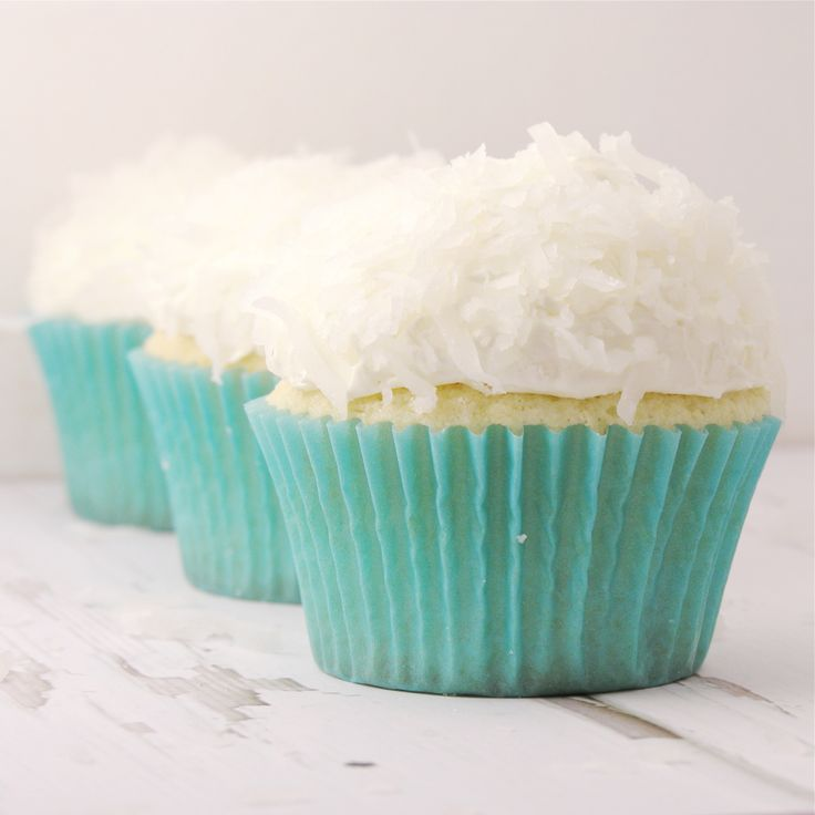 Coconut Cupcakes!!! | Cakes | Pinterest