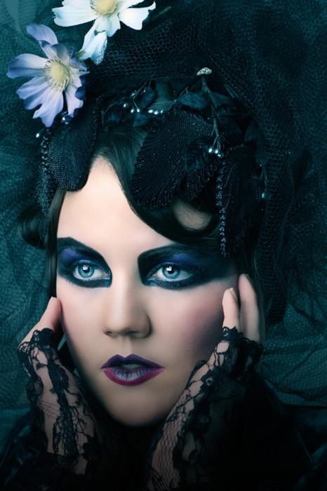 Gothic Wedding Makeup : Gothic Wedding make up Make up Art Pinterest