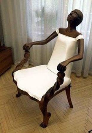 dekoratif ve sıradışı sandalye figürü