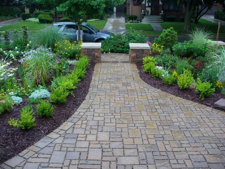 Pin by l barter on walkway ideas pinterest - Picturesque front garden pathway ideas ...