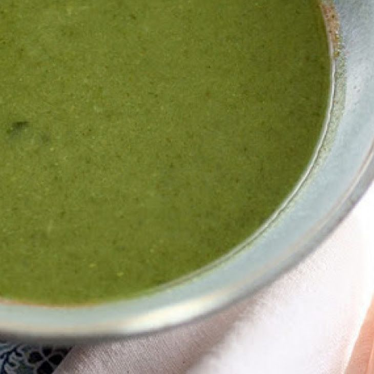 Detox Green Soup Recipe With Broccoli, Spinach And Ginger Recipe ...