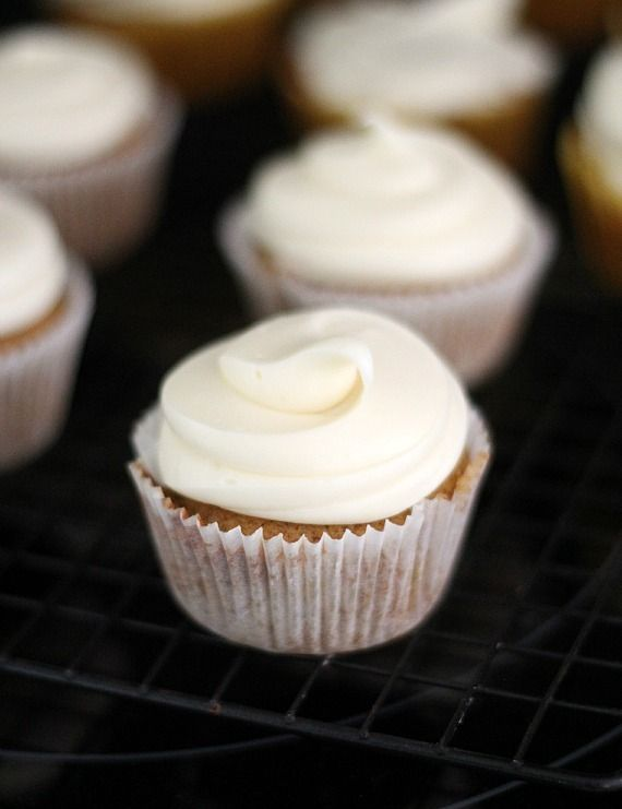 ... Streusel Pumpkin Cupcakes with White Chocolate Cream Cheese Frosting