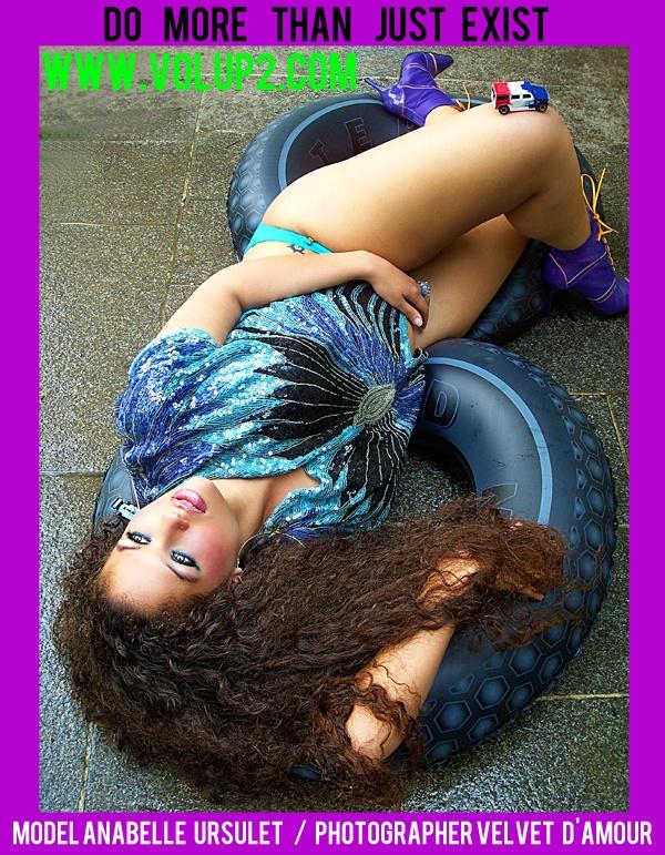 Model Anabelle Ursulet Photographer Velvet d'Amour www.volup2.com