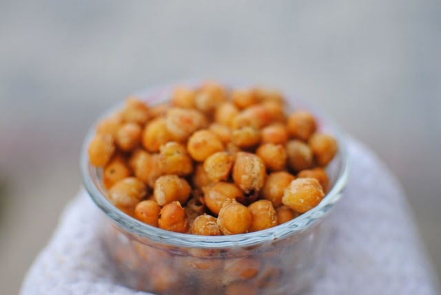 healthy snack: chickpea poppers | Healthy Alternatives | Pinterest