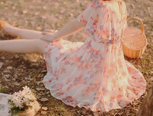 pretty pink floral dress