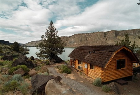 Lake Billy Chinook Cabin Central Oregon Places I Ve Been